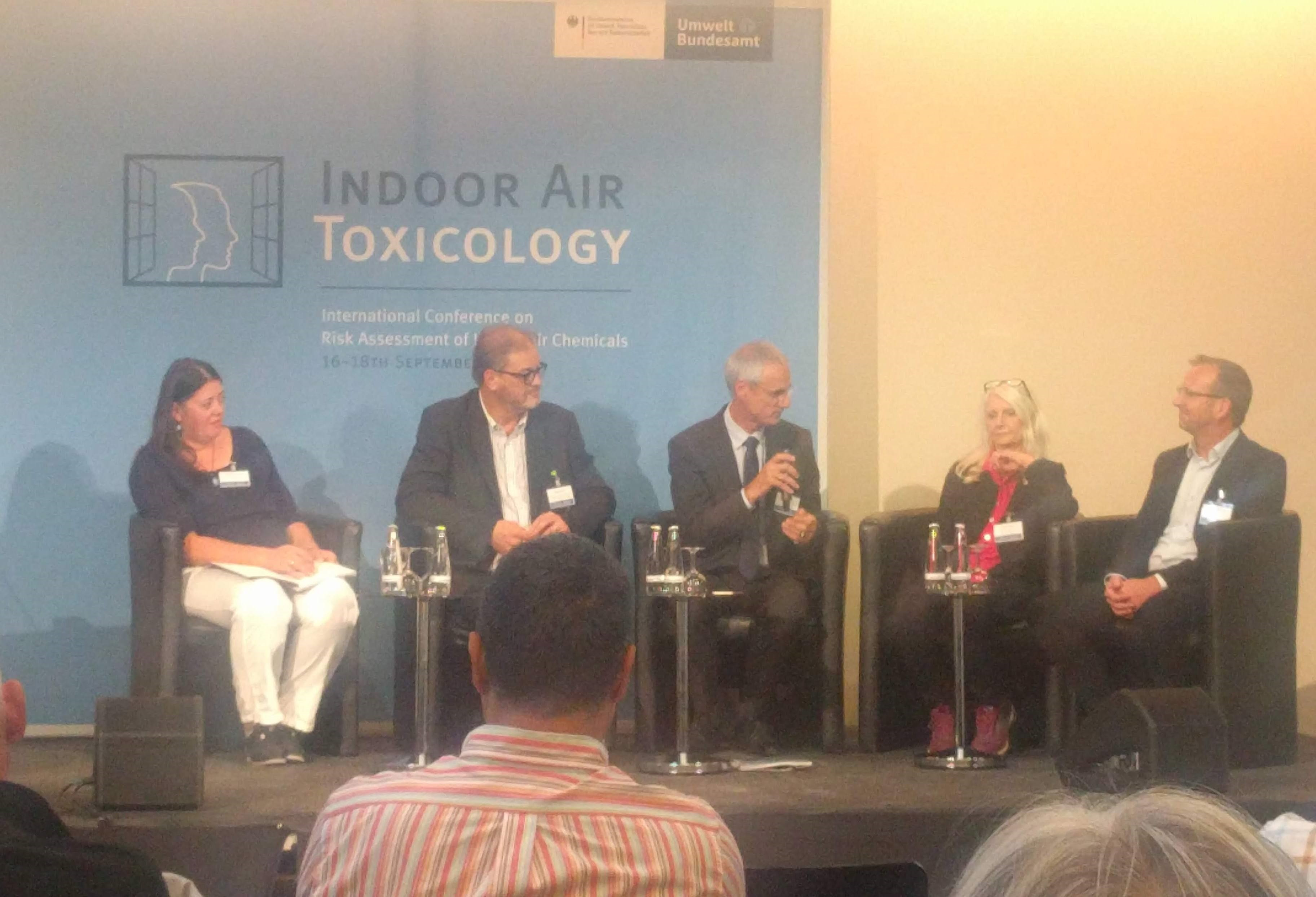 Paneldiskussion ved konferencen Indoor Air Toxicology